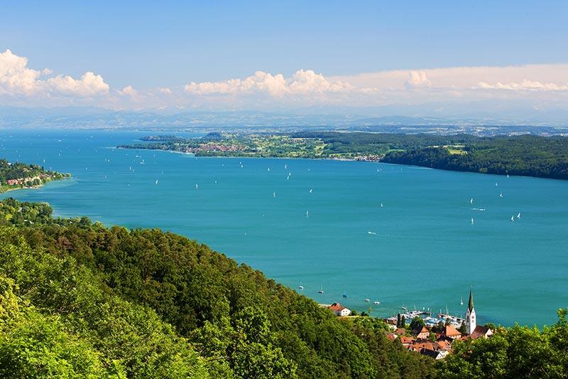 Der Fernbus nach Konstanz bringt Sie direkt an den größten See Deutschlands, dem Bodensee.