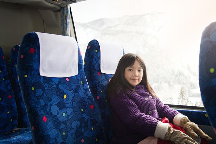 Faire voyager vos enfants en bus pour les vacances