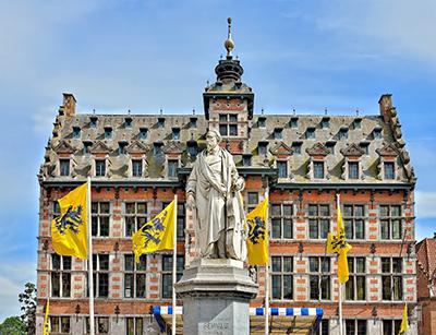 Stadt Halle in Belgien