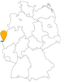 Der Fernbus Aachen London verbindet eine Großmetropole mit einer steinalten Stadt.