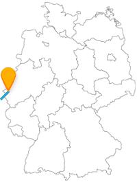 Die Reise mit dem Fernbus von Aachen nach Paris führt Sie von einem UNESCO Weltkulturerbe zu vielen berühmten Sehenswürdigkeiten.