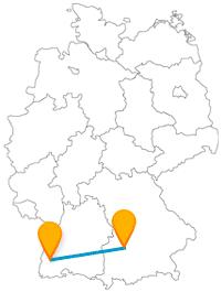 Der Fernbus zwischen Augsburg und Freiburg fährt zu einer charmanten Sozialsiedlung und einem sehr hohen Turm.