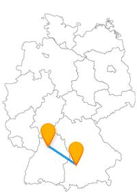 Für die Besichtigung einer Uhr und eines Altstadt-Ensembles lohnt sich die Fahrt im Fernbus Augsburg Heilbronn allemal.