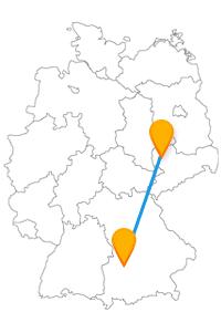 Die Reise mit dem Fernbus von Augsburg nach Leipzig verbindet zwei Städte aus den beiden Freistaaten Deutschlands.