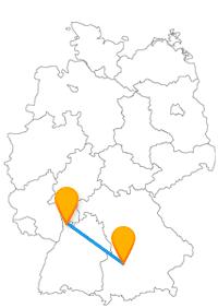 Die Reise mit dem Fernbus von Augsburg nach Mannheim verbindet zwei Verkehrsknotenpunkte Deutschlands miteinander.