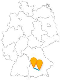 Nehmen Sie mit dem Fernbus von Augsburg nach München einfach die ganze Familie mit.