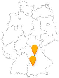 Von einem goldenen Saal zu einem Spielzeugmuseum kann Sie die Reise im Fernbus von Augsburg nach Nürnberg führen.