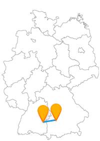 Die Reise mit dem Fernbus von Augsburg nach Ulm dauert nicht lang.