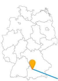Die Reise mit dem Fernbus von Augsburg nach Wien verbindet zwei Städte mit besonderer Bedeutung.