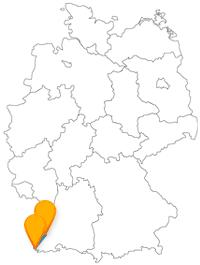 Mit dem Fernbus von Basel nach Freiburg können Sie eine Münster-Besichtigungstour machen.