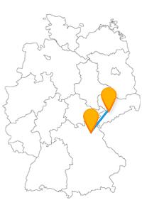 Fahren Sie mit dem Fernbus von Bayreuth nach Chemnitz zu den Bayreuther Festspielen oder dem Opernhaus St. Petrikirche.