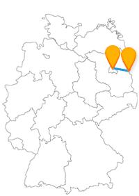 Der Städtetrip mit dem Fernbus Berlin Frankfurt Oder führt Sie vorbei am Kleistpark und dem Alexanderplatz.