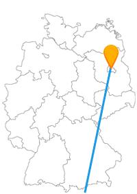 Auf Ihrer Reise mit dem Fernbus Berlin Innsbruck sehen Sie den Patscherkofel und die Wuhlheide.