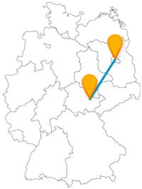 Erfahren Sie auf Ihrer Reise mit dem Fernbus zwischen Berlin und Jena, wer die Currywurst erfunden hat, und genießen Sie einen beeindruckenden Botanischen Garten.