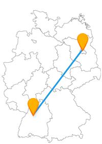 Wenn Sie sich für eine Fahrt mit dem Fernbus Berlin Pforzheim entscheiden, können Sie das Schmuckmuseum Pforzheim und die Prachstraße in Berlin besuchen.
