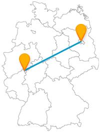 Auf Ihrer Reise mit dem Fernbus zwischen Berlin und Siegen können Sie auch in speziellen Doppeldecker-Bussen fahren und Alt und Neu entdecken.