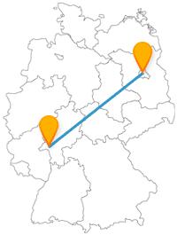 Ob Erholung im Park oder eine kleine Pilgerrunde, mit dem Fernbus zwischen Berlin und Wiesbaden können Sie beides gut verbinden.