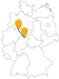 Der Fernbus zwischen Bielefeld und Kassel bringt Sie schnell zu zwei Burgen.