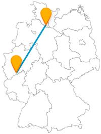 Entdecken Sie auf ihrer Reise mit dem Fernbus zwischen Bonn und Hamburg Schlösser und Kirchen.