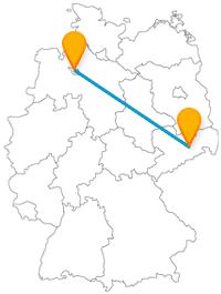 Wenn Sie mit dem Fernbus von Bremen nach Dresden reisen, fahren Sie von einer 10 Meter hohen Figur zu einem Zwinger.