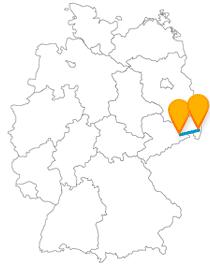 Mit dem Fernbus zwischen Dresden und Görlitz erleben Sie auch internationales Flair.