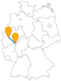 Nicht nur der Komfort im Fernbus von Düsseldorf nach Siegen setzt der Busreise ein Krönchen auf.