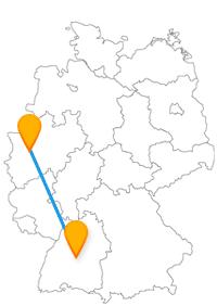 Gehen Sie nach der Fahrt im Fernbus für Düsseldorf und Tübingen elegant bummeln oder in verwinkelten Gassen spazieren.