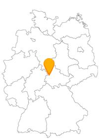 Entdecken Sie mit dem Fernbus nach Eisenach das schmalste Fachwerkhaus Deutschlands.