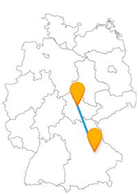 Vergleichen Sie einmal auf Ihrer Reise im Fernbus Erfurt Regensburg die beiden Domkirchen.