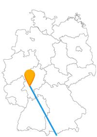 Mit dem Fernbus von Florenz nach Frankfurt ist es eine Busreise von einem UNESCO-Weltkulturerben nach Mainhattan.