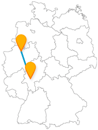 Die Reise mit dem Fernbus von Frankfurt nach Münster verbindet eine Finanzgroßstadt mit einer studentischen Fahrradstadt.