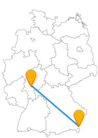 Es erwarten Sie nach der Fahrt im Bus Frankfurt Salzburg je nach Reiserichtung ein Rathaus oder eine Burg.