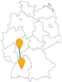 Eine Fahrt im Fernbus zwischen Frankfurt und Heilbronn bringt Sie zu einem Wochenmarkt und zu einem berühmten Haus.