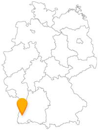 Der Fernbus Freiburg fährt Sie in eine beliebte Stadt.