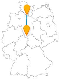 Verbinden Sie auf ihrer Reise mit dem Fernbus von Göttingen nach Hamburg Burg- mit Hafenbesichtigungen.