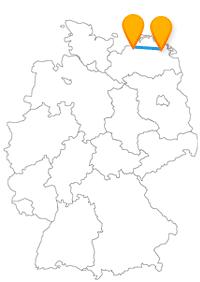 Genießen Sie im Fernbus Greifswald Rostock eine kurze und entspannte Fahrt an der Ostsee.