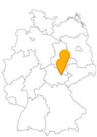 Wandeln Sie mit dem Fernbus zwischen Halle und Jena auf den Spuren großer Persönlichkeiten.