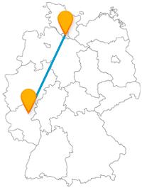 Entdecken Sie nach der Fahrt im Fernbus von Hamburg nach Koblenz eine Festung auf einem Felssporn.