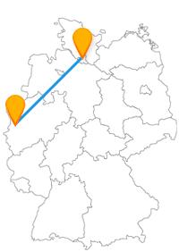 Mit der Reise im Fernbus Hamburg Krefeld können Sie entdecken, dass Krefeld der großen Hafenstadt in nichts nachsteht.