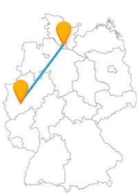 Entweder lassen Sie sich auf Ihrer Reise im Fernbus Hamburg Leverkusen auf die vielen Sehenswürdigkeiten ein oder Sie reisen mit einem anderen Bus einfach weiter.