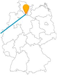 Erleben Sie auf Ihrer Reise mit dem Fernbus Hamburg London abwechslungsreiches Hafen- und Großstadtflair.