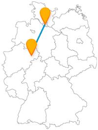 Ob sündige Meile oder Kathedrale, die Reise mit dem Fernbus von Hamburg nach Paderborn verbindet so manchen Kontrast.