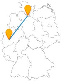 Ob Schwebebahn oder Fischmarkt, die Fahrt mit dem Fernbus von Hamburg nach Wuppertal lohnt sich allemal.