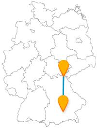 Die Reise mit dem Fernbus von Hof nach München zeigt Ihnen Tiere hautnah und zerbrechliche, aber beeindruckende Mini-Nachbauten.