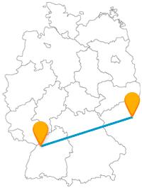 Verbinden Sie mit der Fahrt im Fernbus von Karlsruhe nach Prag einen Hausberg, ein Schloss und einen Dom.