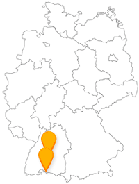Reisen Sie mit dem Fernbus zwischen Konstanz und Tübingen von einer Insel zu einer Burg.