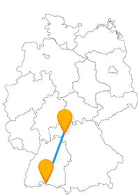 Lassen Sie sich nach der Anfahrt im Fernbus Konstanz Würzburg von einer Blumeninsel oder einer tollen Aussicht verzaubern.