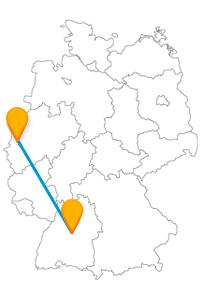 Auch für Auto-Fans kan eine Reise im Fernbus von Krefeld nach Stuttgart hochinteressant sein.