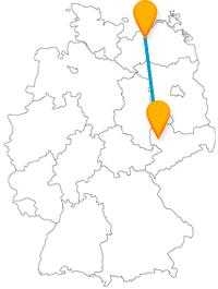 Besichtigen Sie auf Ihrer Fernbusreise zwischen Leipzig und Rostock entweder einen berühmten Keller oder genießen die Sonne am Strand.
