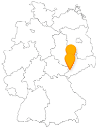 Machen Sie aus der Fahrt im Bus zwischen Leipzig und Zwickau eine Komponisten-Tour.